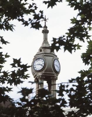 Centenary Clock Fountain, erected in 1888 at intersection of Macquarie and Church Street: detail of the clock and top decoration