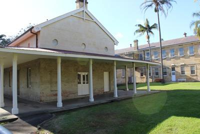 Hut 105