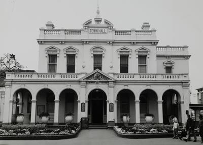 Parramatta Town Hall, Church Street, view of front exterior of two storey building, ca. 1970s - 1980s