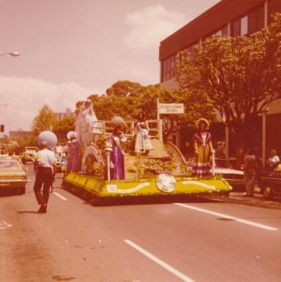 'Fisher's Ghost Bridge' float in Parramatta Foundation Day Parade